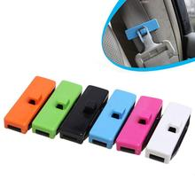 цена на Adeeing Car SeatBelt Clip 2 Pcs Adjustable Seat Belt Buckle Cover Protective Anti-Scratch Belt Clips Safety Stopper Belt Clips