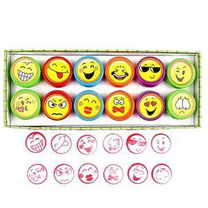 12 قطعة/المجموعة البسيطة ختم الأطفال لعبة الكرتون رائحة الرموز التعبيرية التعبير الوجه نمط ختم مجموعة للأطفال اللوحة ألعاب DIY لعبة
