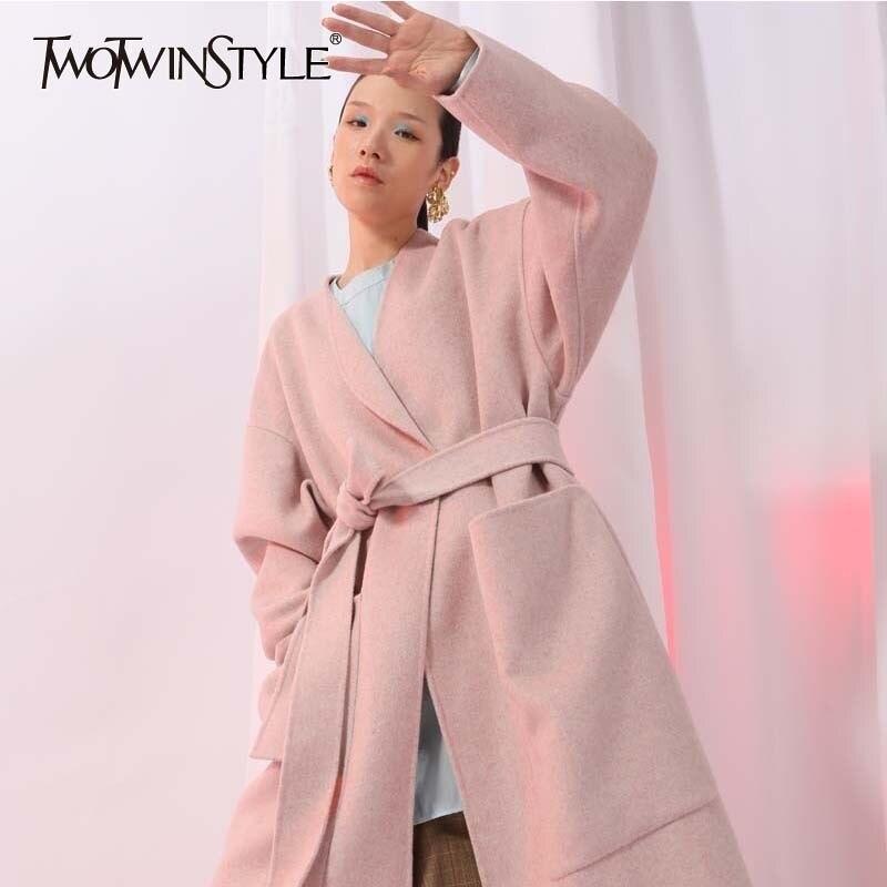 TWOTWINSTYLE Casual Laine Manteau Femme Vestes Col V À Manches Longues Dentelle Up Rose Manteaux Surdimensionné 2018 Automne Hiver De Mode Nouveau