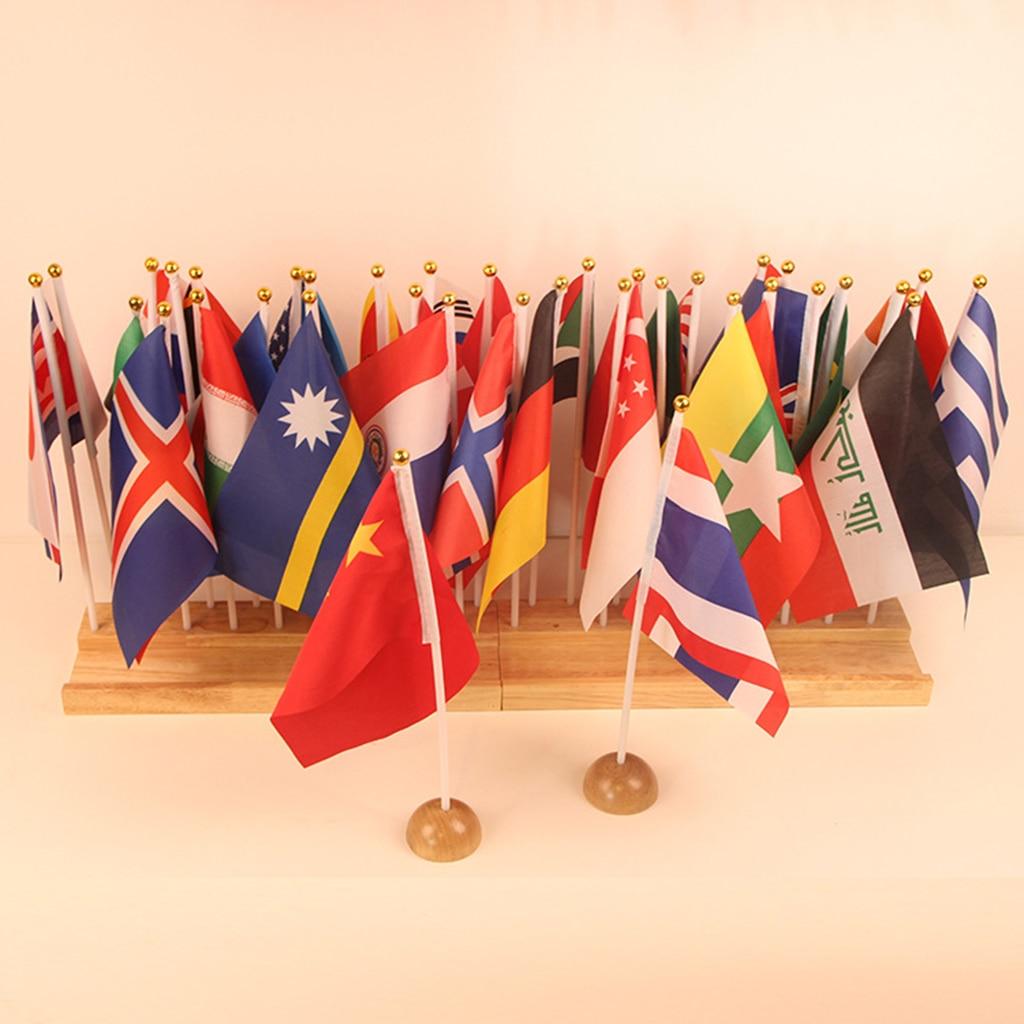 Montessori jouet éducatif-36 petits drapeaux internationaux tenus dans la main sur le bâton