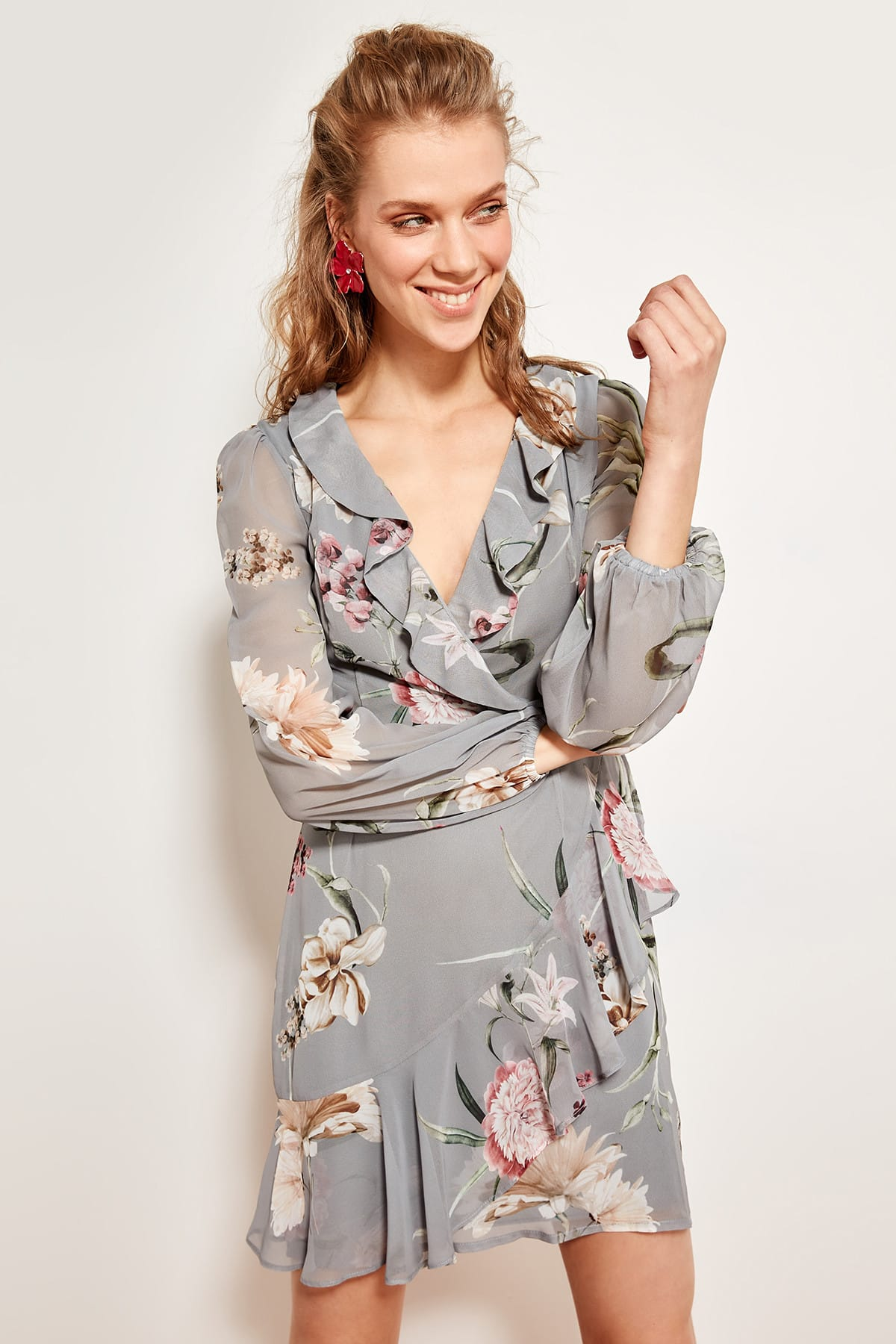 Trendyol Floral Patterned Dress Gray-breasted TOFSS19WX0006