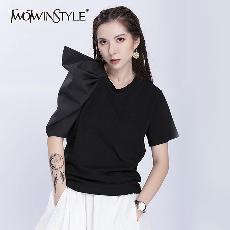 TWOTWINSTYLE Summer Solid Patchwork Women T Shirt O Neck Asymmetrical Sleeve Loose Tops Female Korean 2019 Fashion Clothes New