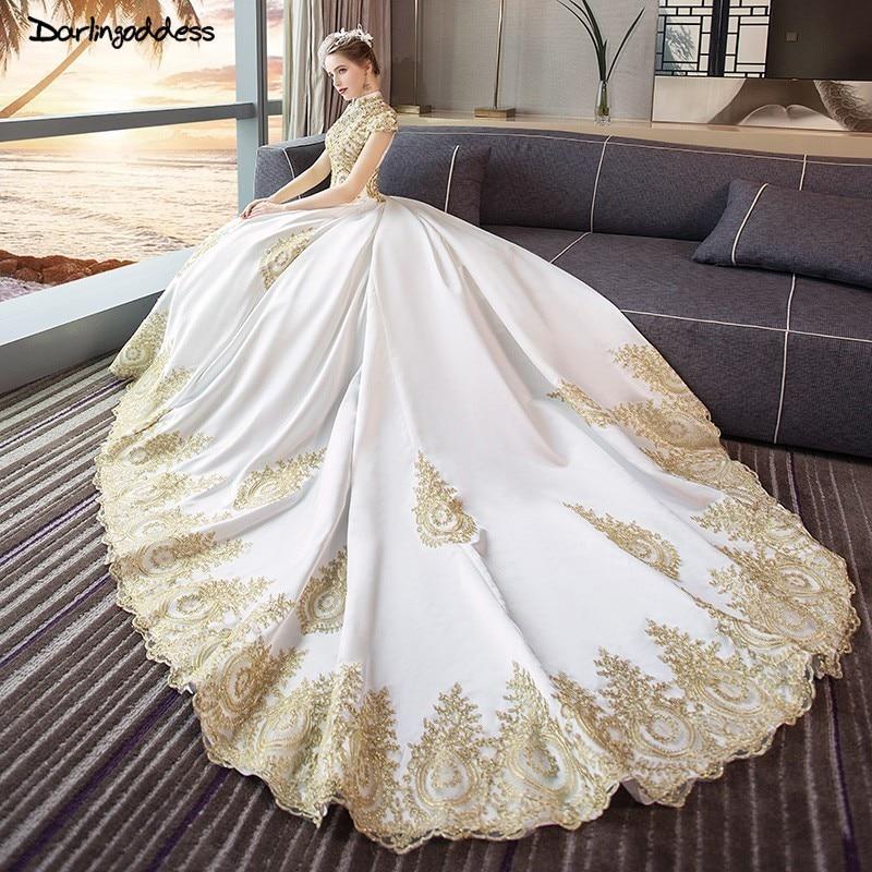 Luxury Gold Lace Dubai Wedding Dresses 2019 Ball Gown High Neck