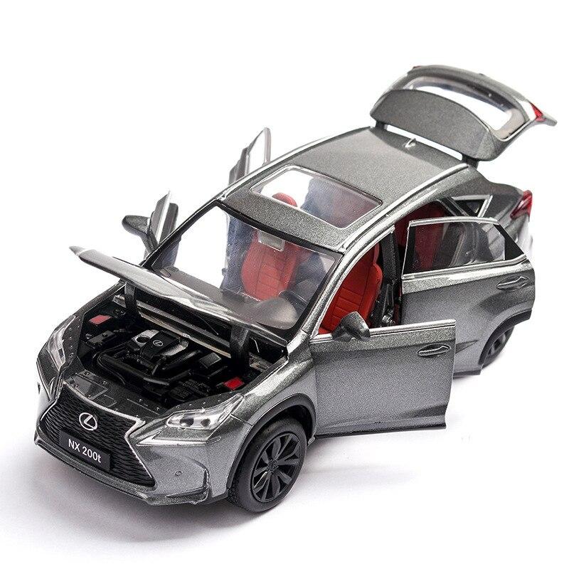 1:32 Genuína Autorização Lexus Nx200t Prata Da Liga do Carro de Brinquedo Modelo de Carro Puxar Para Trás Brinquedo Som Luz Decoração Do Carro Portas 6 para Meninos