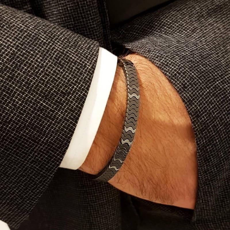 2020 New Luxury Wristband Men Bracelet Irregular Beads Braided Macrame Adjustable Charm Bracelet For Men Jewelry Pulsera Hombres