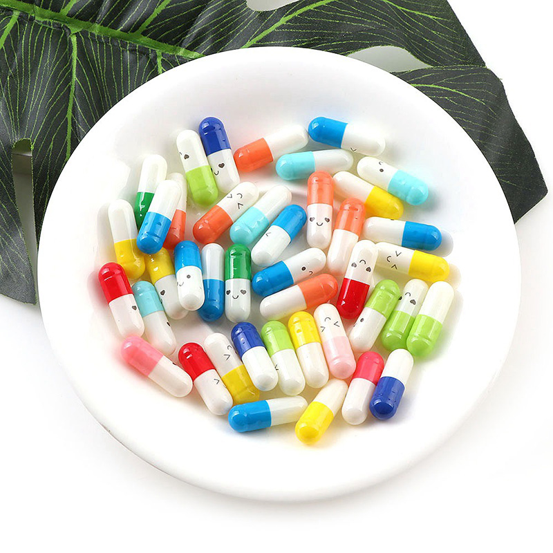 100pcs/lot Love Blank Message Capsule Envelope Letters Paper For Children Pill Capsule Message Letter Kawaii Emoticon Smile Pill