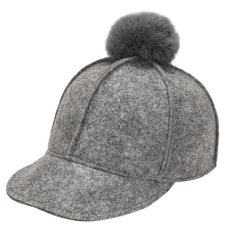 ピュアカラーベースボールキャップ 2018 冬キャップ女性のための毛皮ポンポンボールキャップフィットカジュアルスナップバック帽子キャップ