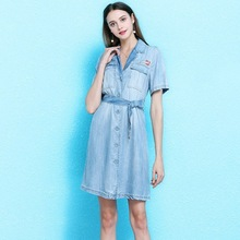Summer new arrival hand-embroidered small pocket denim dress with sashes single-breasted tencel denim dress women NW19B6100 цена и фото
