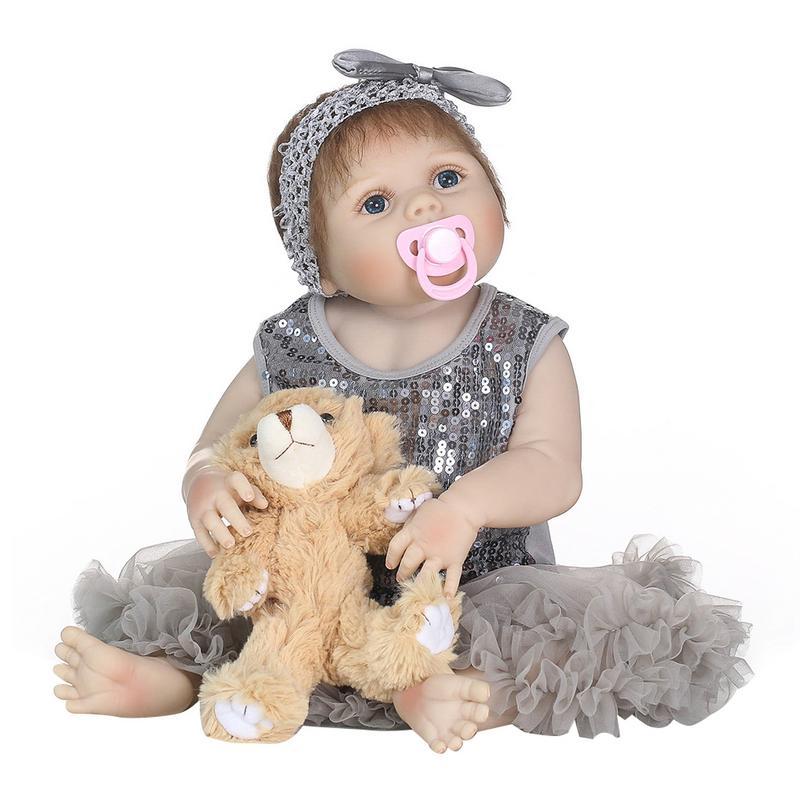 Oyuncaklar ve Hobi Ürünleri'ten Bebekler'de 56 cm Tam Silikon Vücut Yeniden Doğmuş Bebek Bebek Oyuncak Kız Yenidoğan Prenses Bebekler Bebe Banyo Eşlik Oyuncak doğum günü hediyesi'da  Grup 3