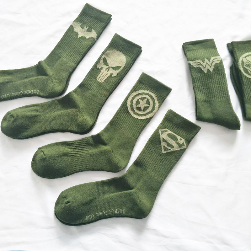 Personality Cartoon Superman Robot Punishment Cotton Wool Men Funny Skate Socks Floor Socks Harajuku Hip Hop Street Green Autumn