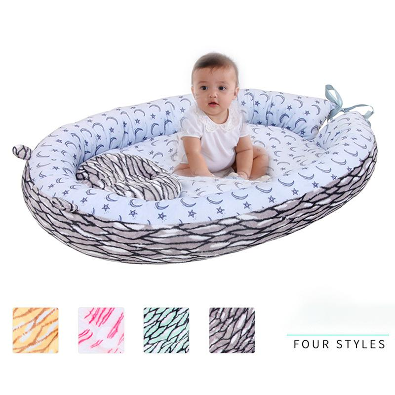 Kidlove Portable Plush Sleeping Bed With Fence Pillow For Infant Toddler Baby Home Outdoor Supplies