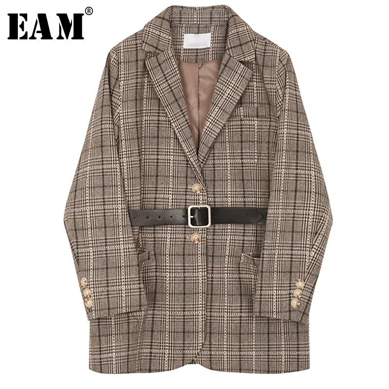 [EAM] 2019 Новый сезон: весна–лето нагрудные с длинным рукавом Кофе плед карман стежка пояса свободные куртки Для женщин пальто мода прилив JQ035