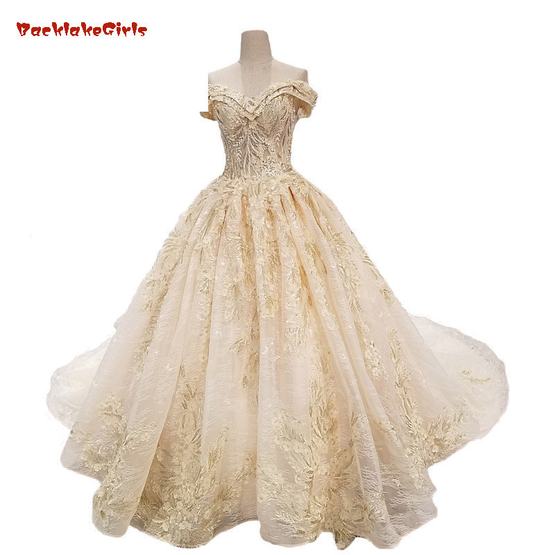 eab304da8 BacklakeGirls 2018 New Light Champagne Lace Sweetheart Wedding Dresses  Sleeveless Cathedral Train Lace Up Ball Gown