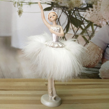 Ballet Girl Resin Figurine Small Ornaments Decoration Crafts Beautiful Models Cute Figurines