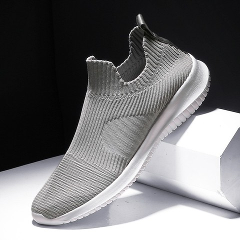 Running Shoes for Man 2019 summer Brand Sports jogging footwear Outdoors Lightweight Breathable man sock Sneakers hot sell Karachi