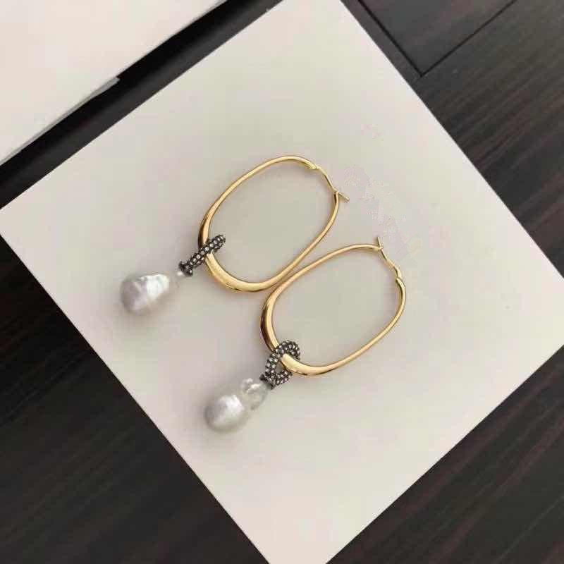 Free shipping high quality fashion new arrivals  copper all-match circle  natural baraoque pearls golden stud earringsFree shipping high quality fashion new arrivals  copper all-match circle  natural baraoque pearls golden stud earrings