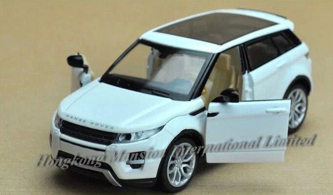 Escala 132 para range rover evoque diecast liga de metal luxo suv carro modelo coleção veículo modelo puxar para trás som & luz carro