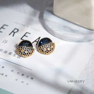 Vanssey Vintage Fashion Austrian Montana Crystal Rhinestone Insect Beehive Stud Earrings Party Accessories for Women 2017 New
