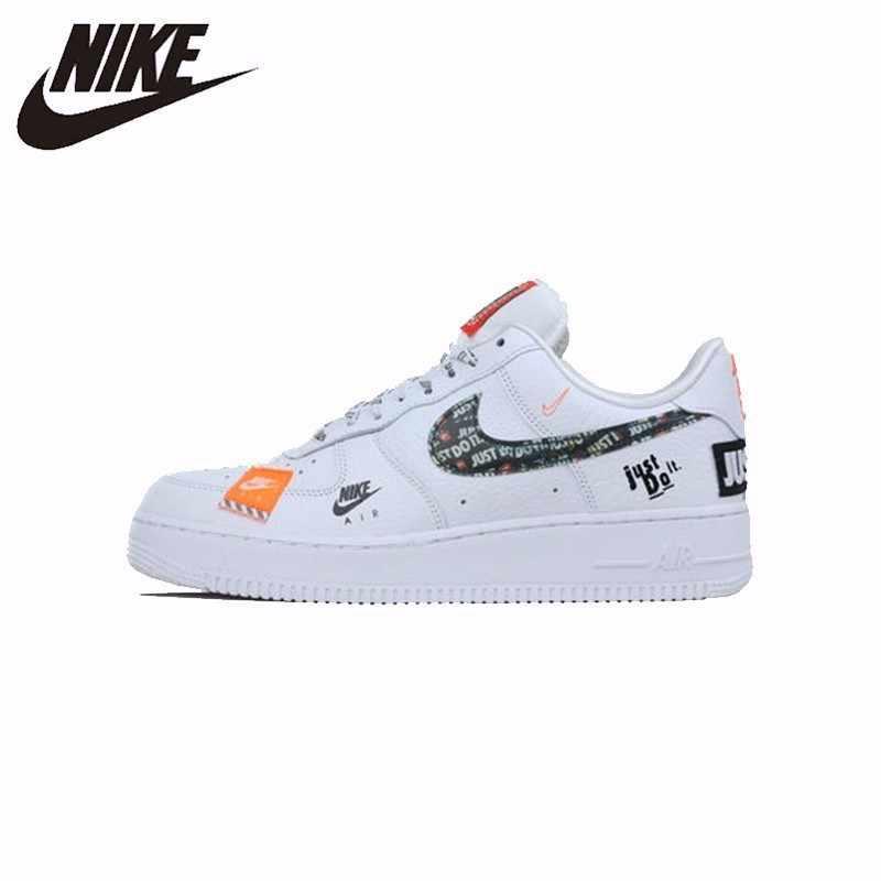 Zapatillas Bajas Hombre Nike Air Force 1 07 LV8 Calzado