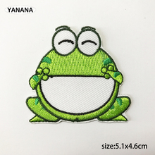 цены на Cute frog Big mouth green frog Embroidered Iron on stickers Patches for Clothes Hat  в интернет-магазинах