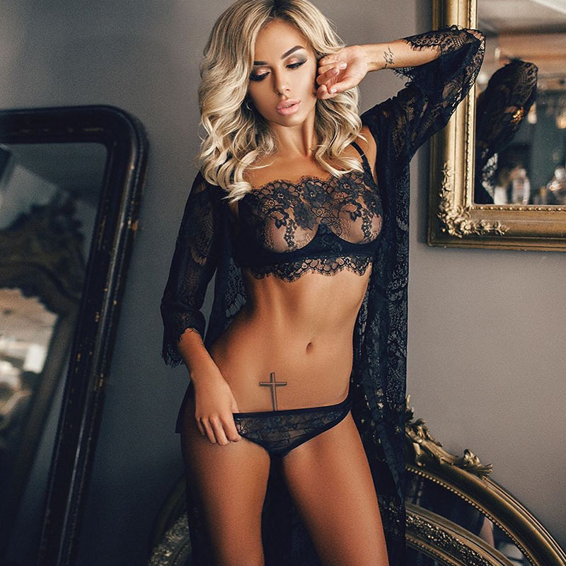 Black   Bra   and underwear   sets   Fashion Lingerie   sets   Women Sexy Lace BH   bra     set   big size transparent   bra   M-3XL