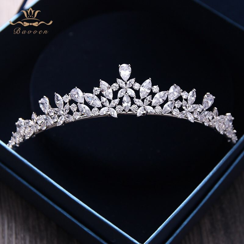 Bavoen Elegant Sparkling Zircon Brides Tiaras Headpieces Plated Crystal Bridal Crowns Headbands Հարսանյաց զգեստ Մազերի պարագաներ