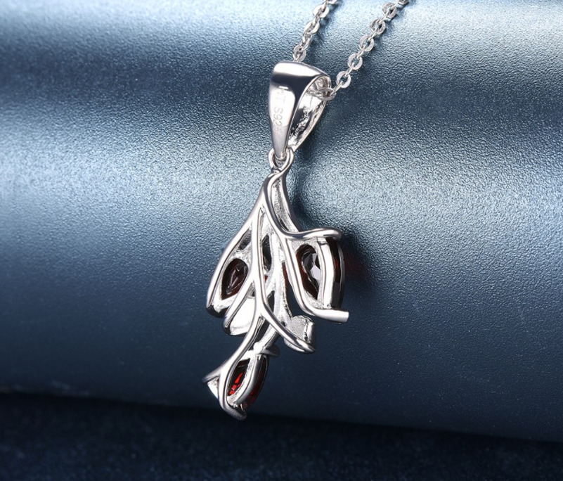 New Solid 925 Sterling Silver Natural Stone Garnet Leaf Pendant Necklace Fashion Collier Jewelry For Women Bijoux Femme Colar in Chain Necklaces from Jewelry Accessories