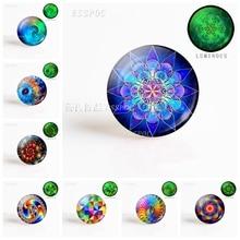 5PCS Fashion Fractal Art Mandala Round Photo Cameo Making Luminous Glass Dome Jewelry Findings Fit 25mm Blank Pendant Brooch