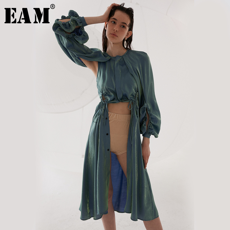 [EAM] 2019 New Spring Summer Round Neck Long Sleeve Bluse Pleated Hollow Out Irregular Windbreaker Women   Trench   Fashion JR519