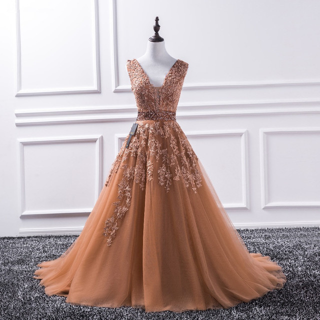 2019 Sparkly Beaded Dubai Floor Length V Neck Lace Appliques Tulle Ball Gown Prom Dresses Long Prom Dress