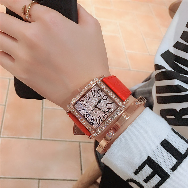 2019 New Arrival Popular Black/Red/Brown/Pink Quartz Watch For Couple Chic Diamond Rope Wirst Waterproof Watches
