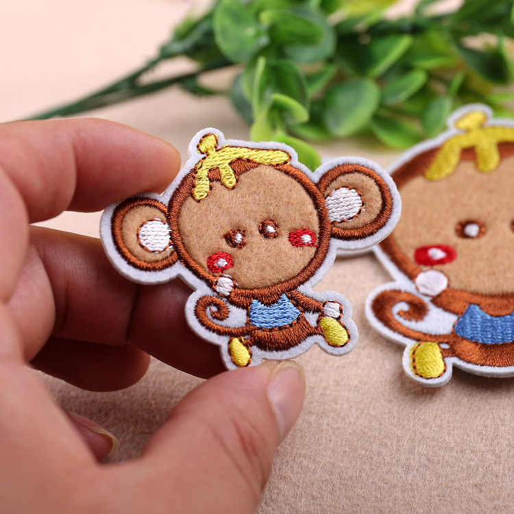 PGY 1 шт высокого качества с рисунком маленького нашивки в виде животных банан обезьяна нашивки для одежды металлические значки для детей наклейки