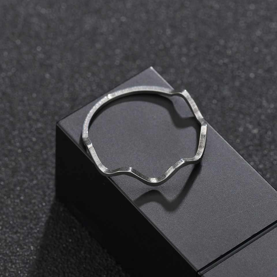 แฟชั่นโลหะทองสแตนเลส Wave แหวนบุคลิกภาพหญิงสวมใส่เครื่องประดับจัดเลี้ยงแต่งงานที่สมบูรณ์แบบคนของขวัญวัน