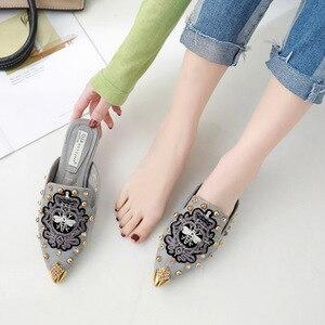 Image 5 - Swyivy sandália feminina casual, sapatos dedo do pé, bordado, chinelos meia sapatos de luxo para mulheres, sapatos casuais, verão 2019 40 40 unidades