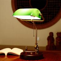 American Retro Solid Wood Desk Lamp Study Table Work Read Bedroom Bedside Table Lamp with Light Source US Plug Green