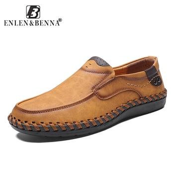 2018 Outono e Inverno Sapatos Masculinos Sapatos Casuais Sapatos Mocassins Homens de Couro Artificial Venda Quente Manter Os Pés Quentes Dos Homens De Alta Qualidade tamanho grande