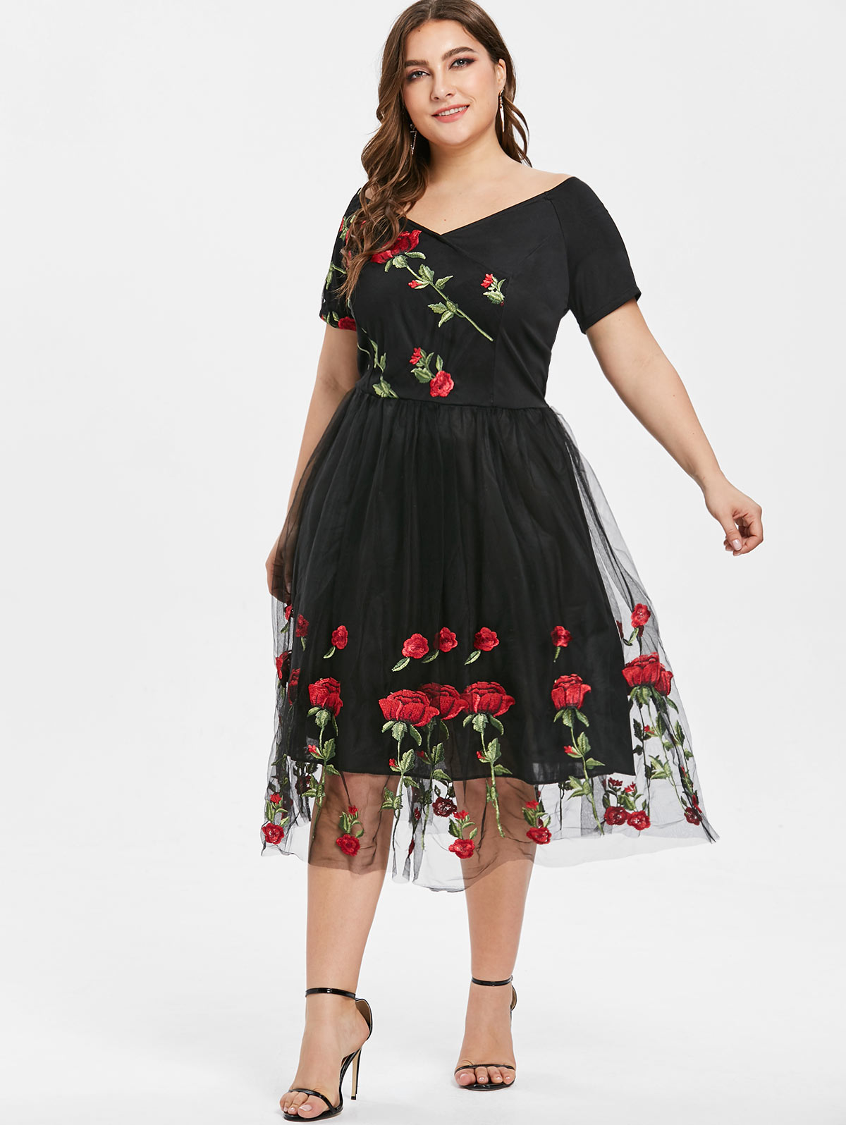 7a96bf114 Wipalo Women Off The Shoulder Floral Embroidery A Line Dress Plus Size  Summer V-Neck