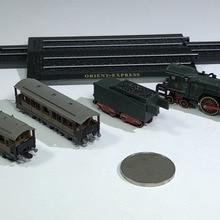 Классический Мини Сплав паровой двигатель поезд 1:220 пластмассовые игрушечные модели готовой коллекции подарки