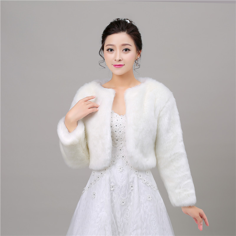 New Cheap Autumn Winter With Sleeve Faux Fur Wedding Wrap Bolero Jackets Bridal Coat Cape Cloak Shawls Scarves