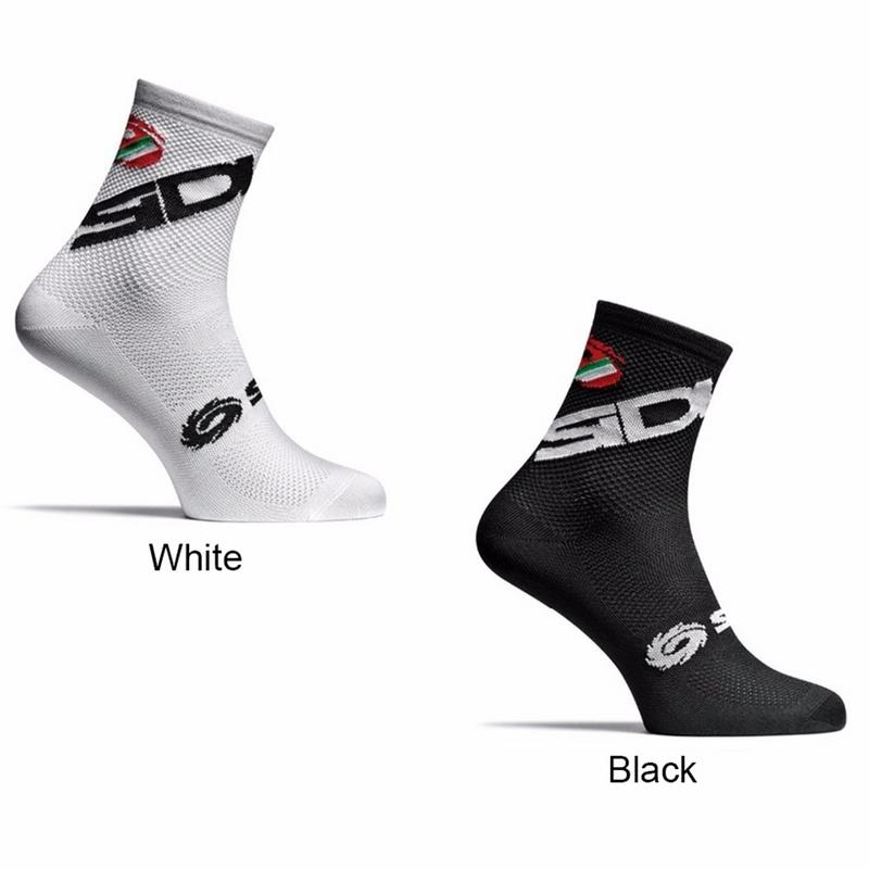 New Sweat Absorption Breathable Cycling Socks Men Sports Outdoor Black White Breathable Antiskid Road Bikes Socks Size 39 45 in Cycling Socks from Sports Entertainment