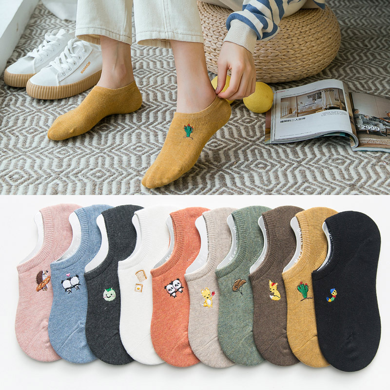 New Summer Cotton Embroidery Invisible Women   Socks   Fashion Lovely Cartoon Ankle   Socks   High Quality Anti-slip Silicone Heel   Socks