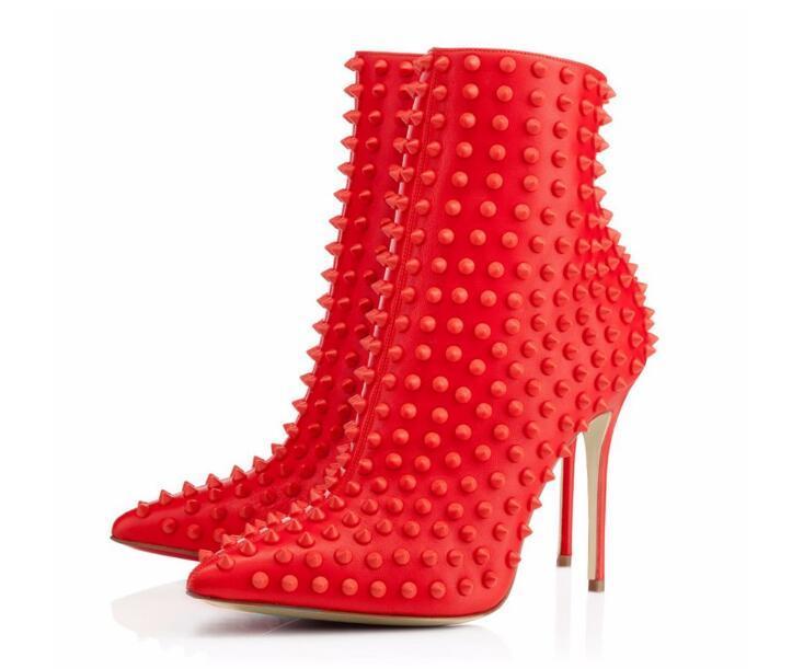 High Verkauf Kurze Heels Solide Herbst Besetzt Ankle Red Schuhe Für 2019 Rot Dünne Heißer Frühling Frau Spitz Nieten Stiefel dxzwqdfX
