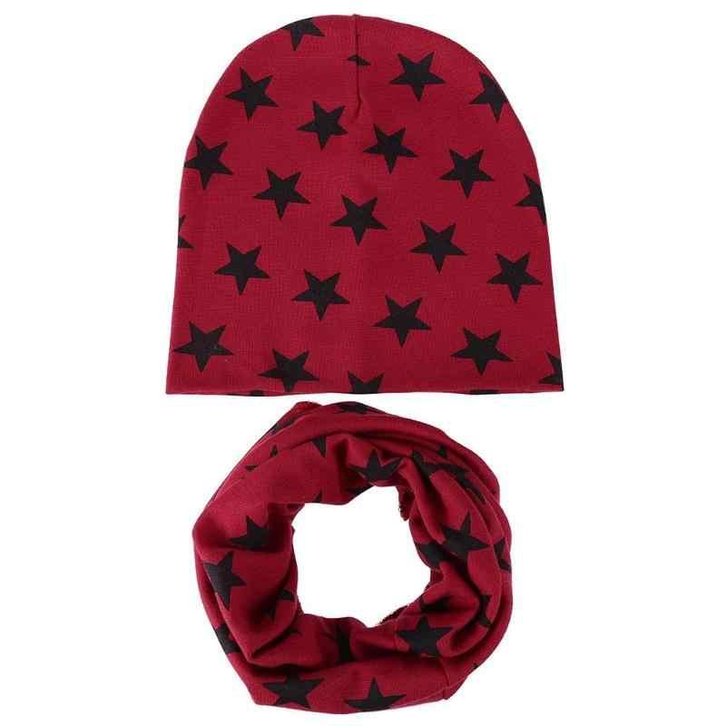 2 шт./компл. детская вязаная шапка для маленьких детей с шарфом со звездным принтом; зимняя обувь для девочек и мальчиков Кепки комплект шапка теплый комплект верхней одежды с Шапки шарфы капот bebe fille
