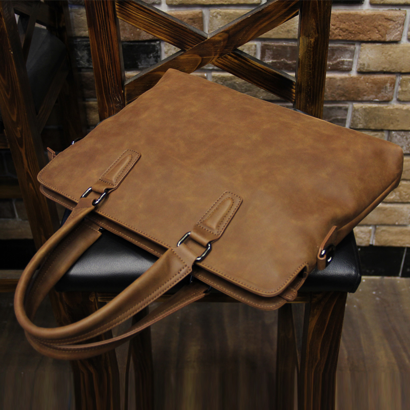 New Fashion Crazy Horse Leather Men Bags Vintage Business Leather Briefcase Briefcase Travel Bags Tote Laptop Bag File Daypack