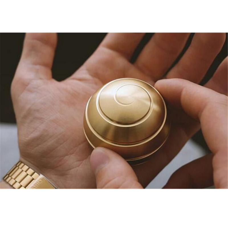 Desktop Decompression Rotating Spherical Gyroscope Desk Toy Fidget Toy Optical Illusion Flowing Finger Toy For Adult