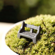 1Pcs mini Home Decoration Supplies Moss Warm Park Chair Background Seat Resin Crafts Fairy Garden Artificial Micro Landscape D3(China)