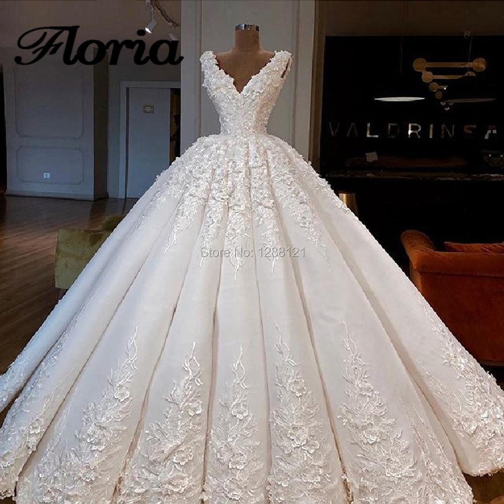 2019 New Dubai Design Royal Train Wedding Dresses Vestido