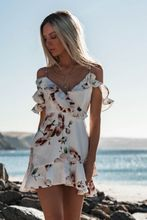 Sleeveless V-Neck Spaghetti Strap Beach Floral Ruffle Tank Mini Casual Dress Women Flying Sleeve Sundress Chiffon