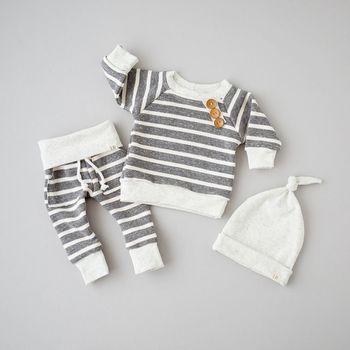 3 قطعة طويلة الأكمام شريط أزرار ديكور البلوز أعلى ، مخطط بانت مع طقم قبعات للطفل الصبي الخريف الملابس
