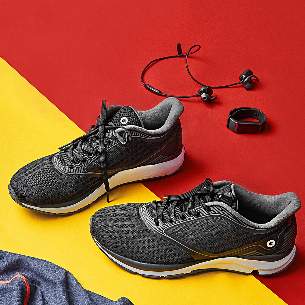 Xiaomi Youpin Black Breathable Anti-Slip Running Athletic Shoes Water-Resistant Mesh Upper For Hiking Travel Field ExplorationXiaomi Youpin Black Breathable Anti-Slip Running Athletic Shoes Water-Resistant Mesh Upper For Hiking Travel Field Exploration